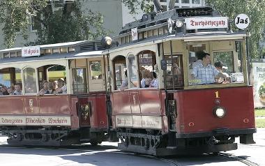 Kurs zabytkowym tramwajem Jaś i Małgosia