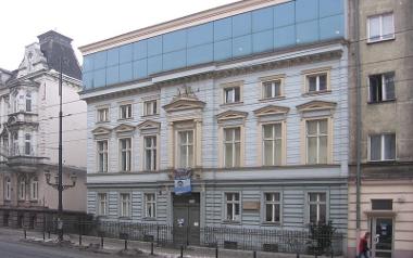 Dom Edyty Stein przy Nowowiejskiej