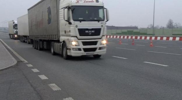Możesz zostać kierowcą ciężarówki? Wiesz dokąd prowadzi ta droga? [quiz]