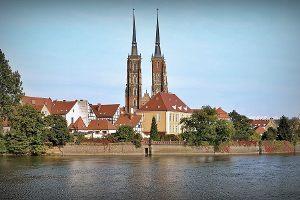 Ilu Janów widnieje w herbie Wrocławia?