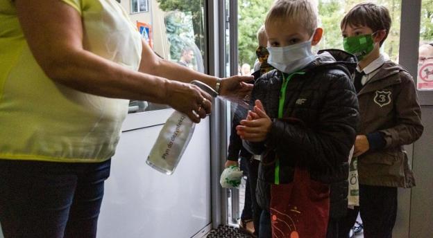 Dzieci ze Śląska wracają do szkoły po lockdownie