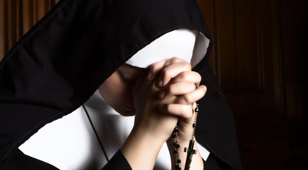 Rzuć korporację - wybierz klasztor! Czy nadajesz się na zakonnicę? QUIZ