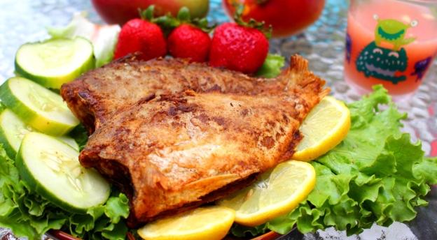 Czy wiesz co zamówić w smażalni? Sprawdź, których ryb powinno się unikać!