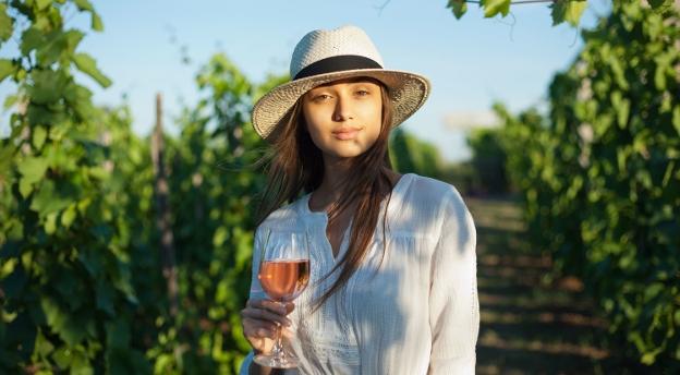 Co wiesz na temat wina? Czy odróżnisz fakty od mitów? QUIZ