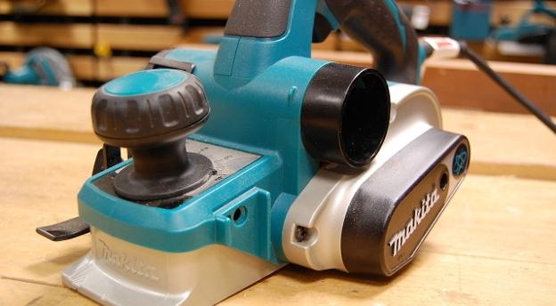 [QUIZ] Młotek, pilarka, wiertarka... Czy rozpoznasz narzędzia używane na budowie?