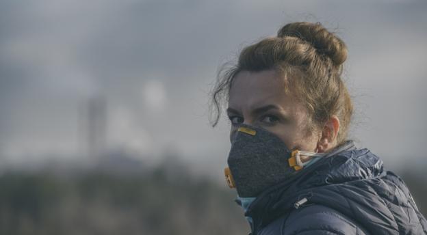Tym powietrzem oddychasz codziennie. Sprawdź, czy znasz fakty i mity o smogu! QUIZ