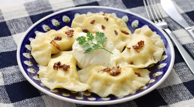 Czym się różni sznycel od schabowego? Sprawdź, co wiesz o kuzynach polskich potraw! QUIZ