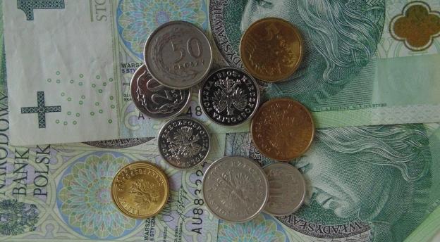 Ile zarabiają Polacy? Sprawdź, czy wiesz!
