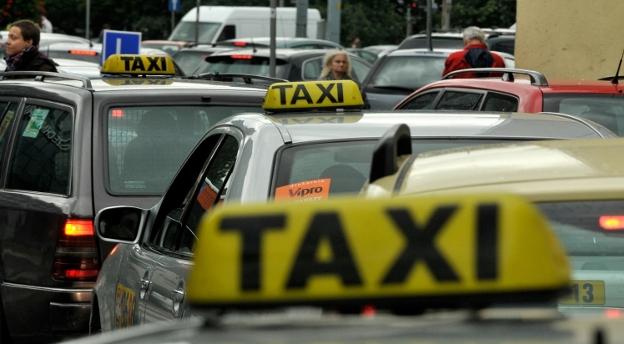 Czy zdobyłbyś licencję taksówkarza w Krakowie? [QUIZ]