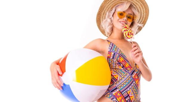 Jesteś fanką bikini? Sprawdź swoją wiedzę na temat mody plażowej!