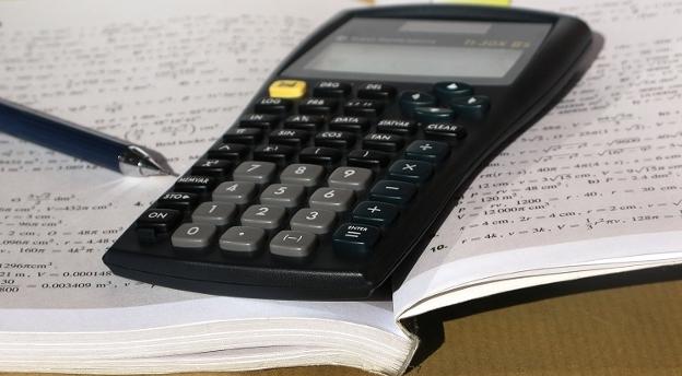 Sprawdź czy zdałbyś maturę z matematyki [quiz]