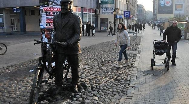 Pomniki w Poznaniu - mijasz je codziennie, ale czy na pewno wiesz jak wyglądają? Rozwiąż quiz