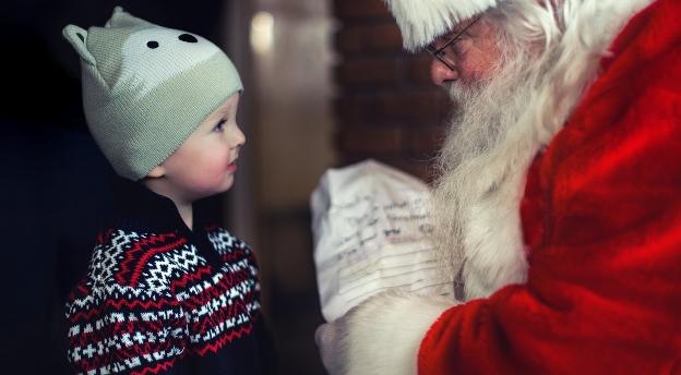 Smażony kurczak w Wigilię? Co jeszcze? Czy kojarzysz te niezwykłe fakty o Świętach? QUIZ