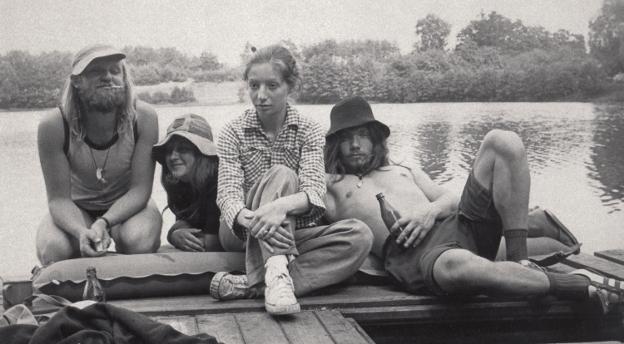 Gwara młodzieżowa lat 70. Czy rozpoznasz te słowa? [QUIZ]