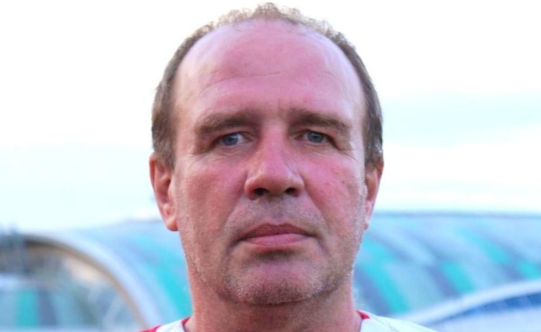Robert Szczygieł, Strzelec Chroberz, piłka nożna