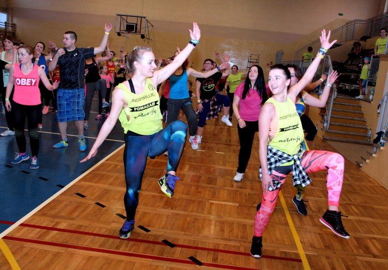 Taniec zainspirowany połączeniem elementów tańców latynoamerykańskich oraz elementów fitness to...