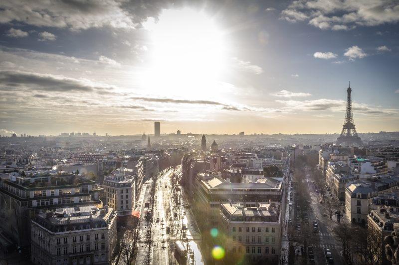 Powierzchnia Radomia jest większa od powierzchni Paryża.
