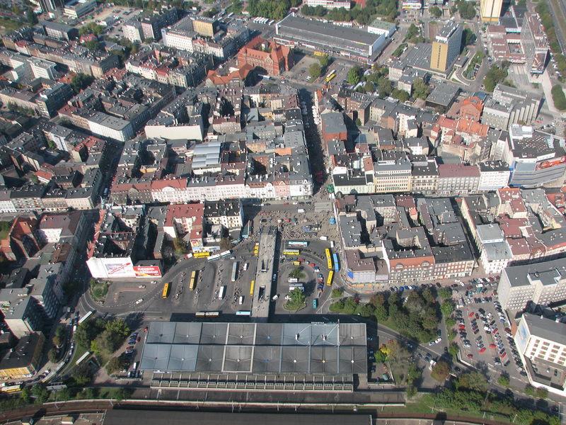 Jak dobrze znasz Katowice? Musisz mieć co najmniej 20 lat, by pamiętać miasto ze zdjęć