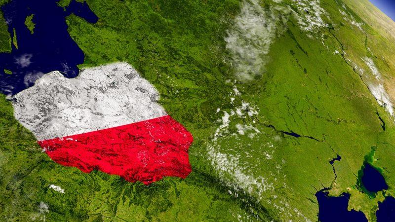 Największym pod względem powierzchni województwem w Polsce, jest województwo mazowieckie.