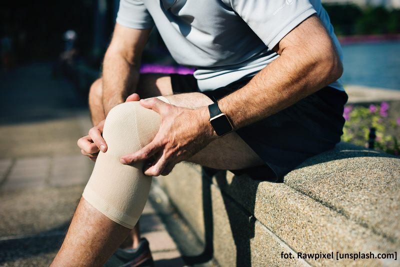 Odczuwasz bóle, które dosyć szybko zmieniają punkt promieniowania, np. w ciągu doby ból przenosi się z ręki na nogę?